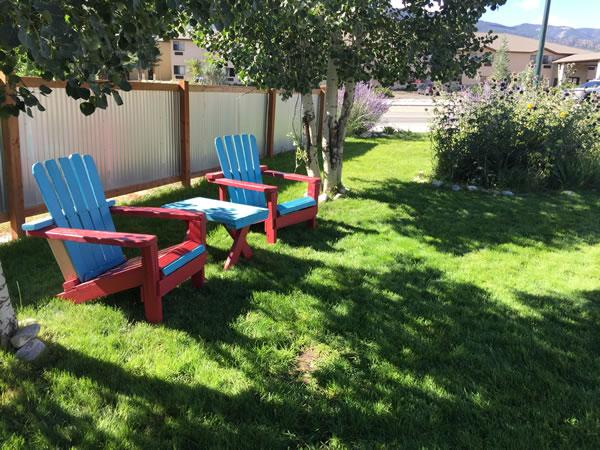 motel-outdoor-charis