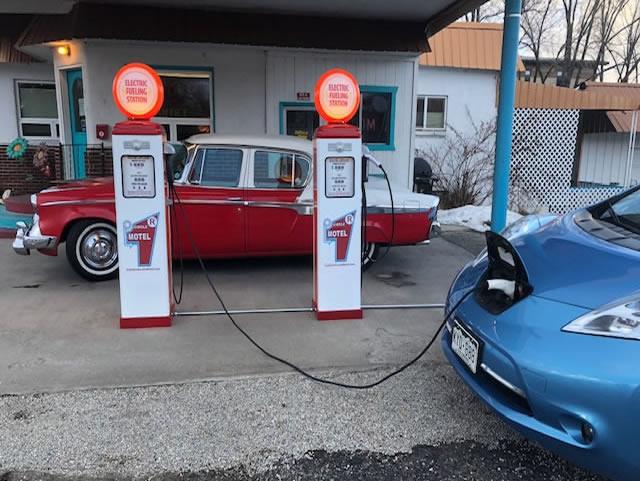 salida-electric-car-charging-station-1